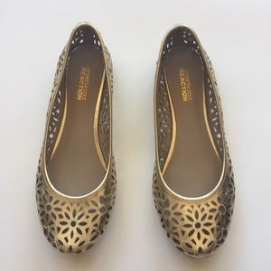 Kenneth Cole Reaction Gold Perforated Flower Flats